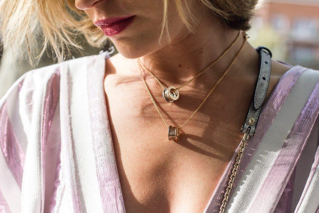 minimalist jewelry like simple necklace